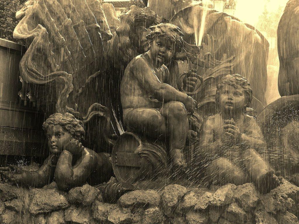 Fountain Detail Bordeaux